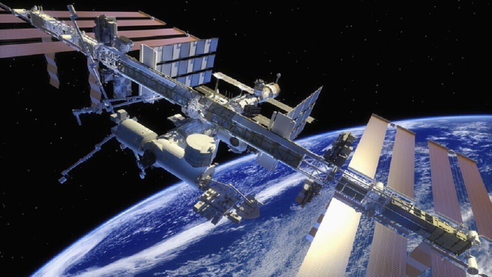 رائد فرنسي يلتقط مشهدا مميزا من الفضاء يظهر مدى سرعة تحرك محطة الفضاء الدولية