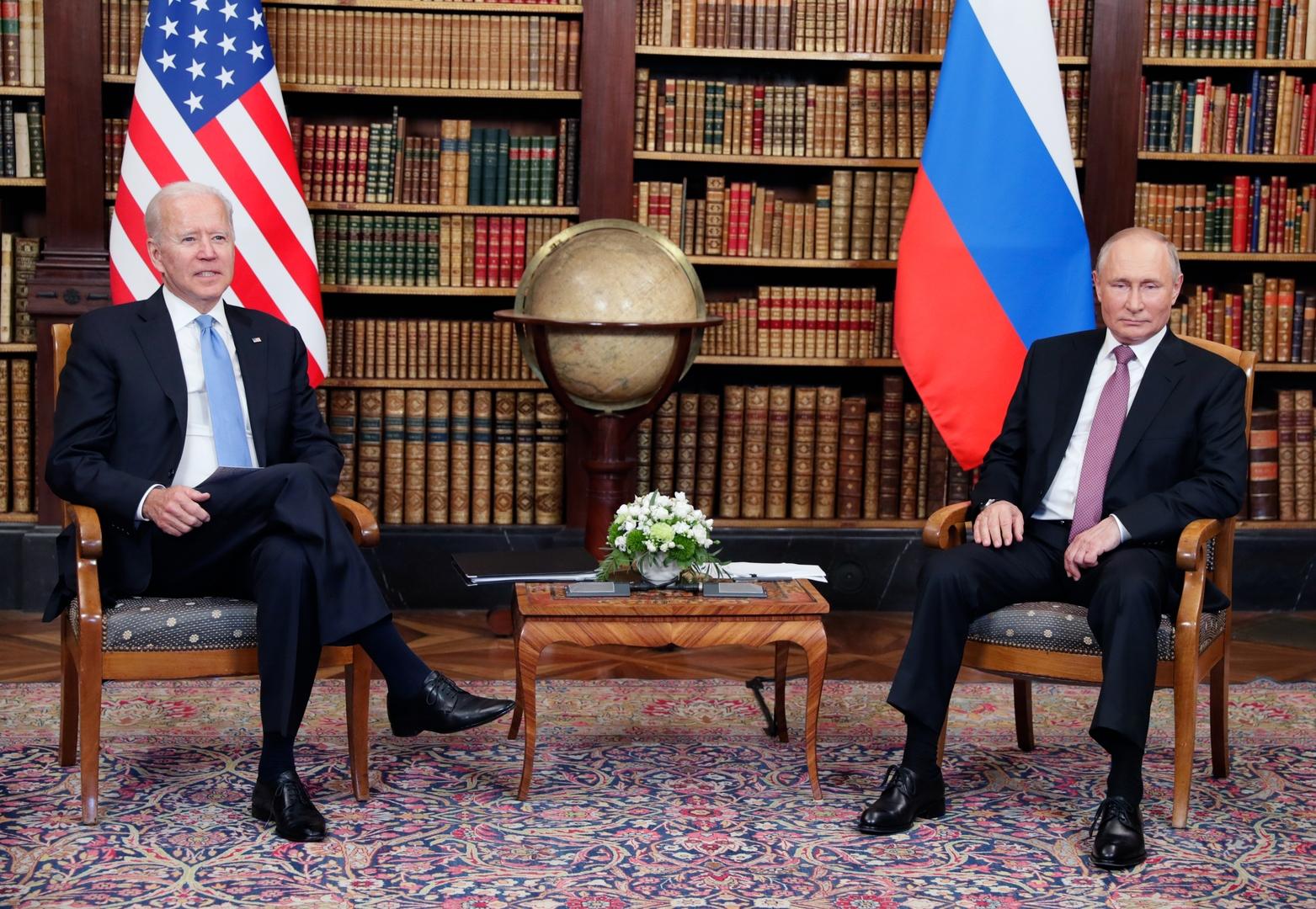 الروبل الروسي يصعد في ظل قمة بوتين - بايدن