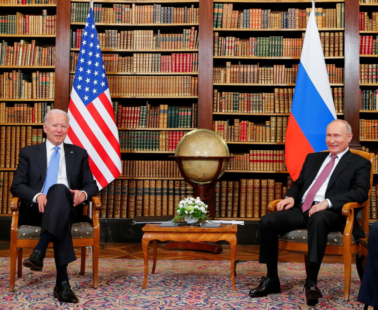 بوتين: اتفقنا مع بايدن على إعادة السفيرين الروسي والأمريكي لمكاني عملهما