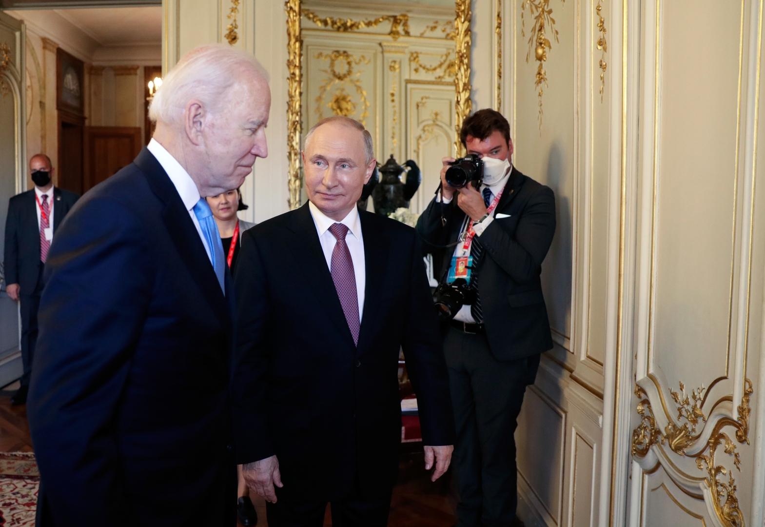 هدية بوتين لبايدن