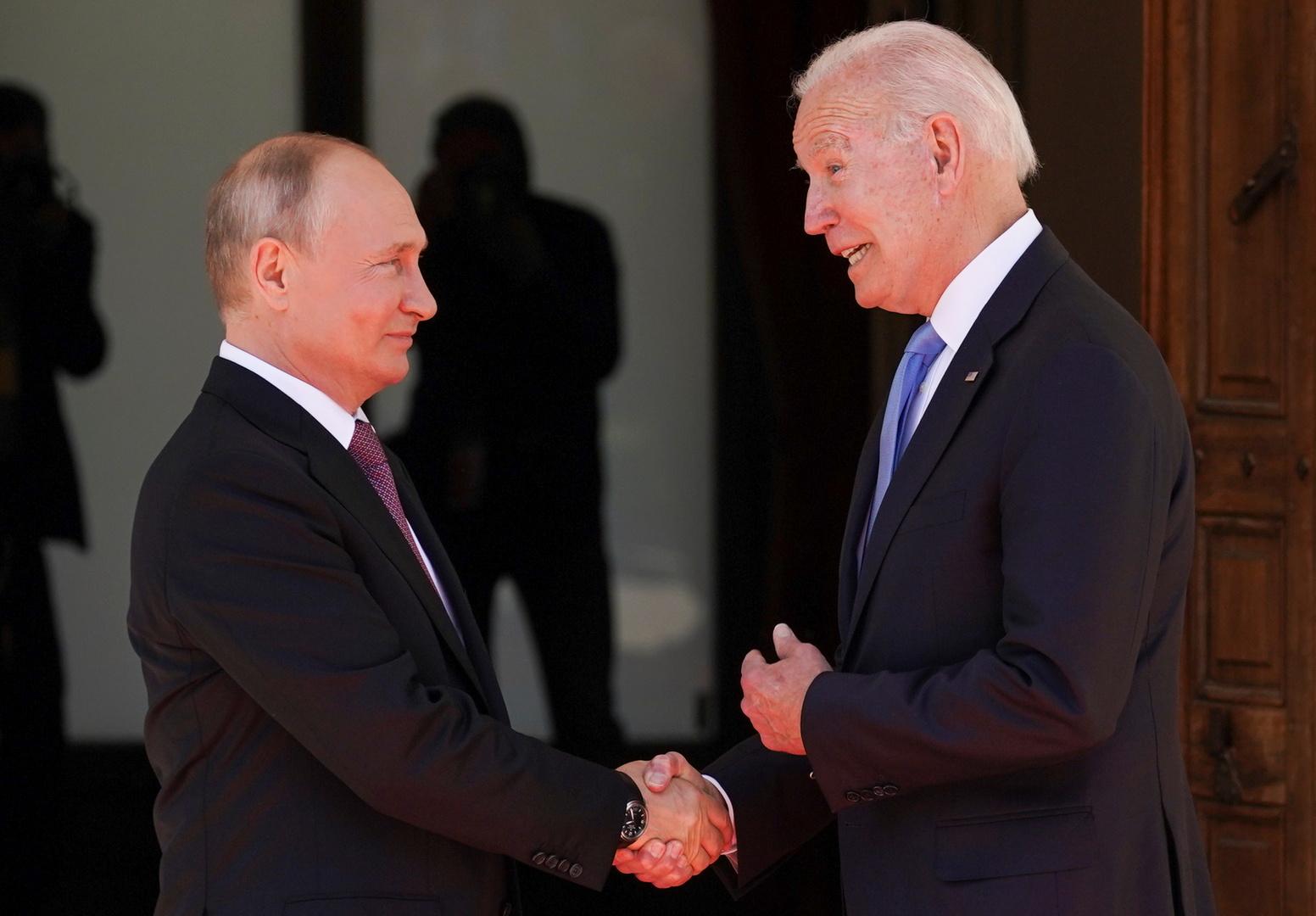 البيت الأبيض: قمة جنيف كانت مفيدة لأمريكا ونحتاج للتعامل مع بوتين