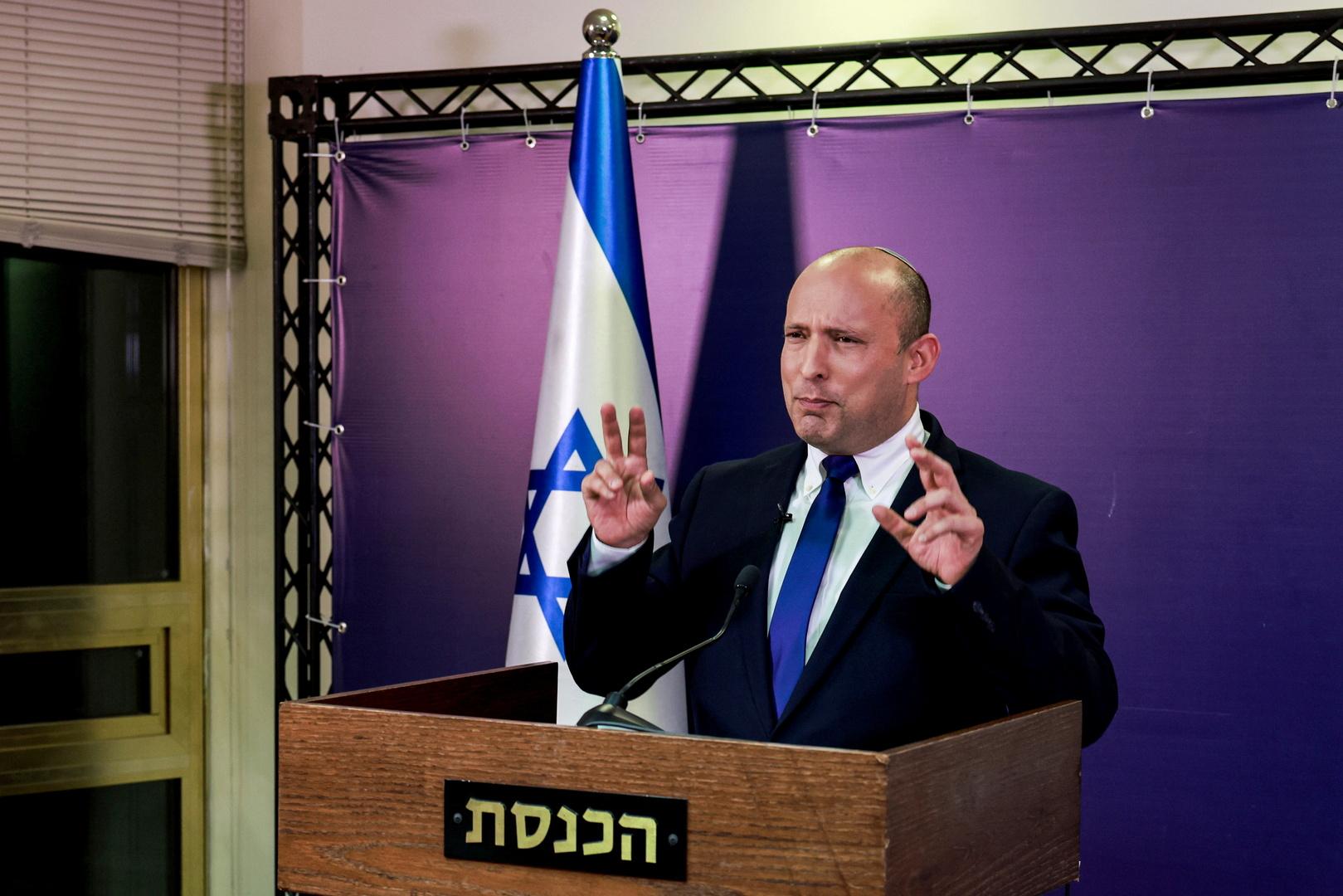 بينيت يشكر ميركل على دعمها لأمن إسرائيل