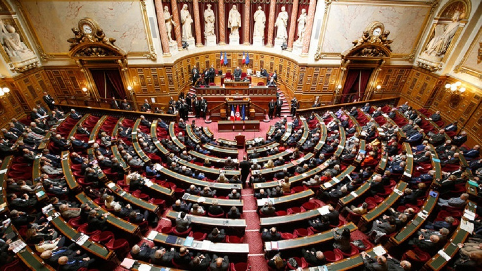 برلمانيون فرنسيون يستنكرون احتمال تولي مسؤول إماراتي رئاسة الإنتربول