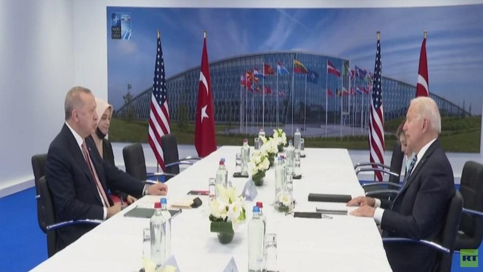 أردوغان يجدد تمسكه بصفقة الـ إس 400