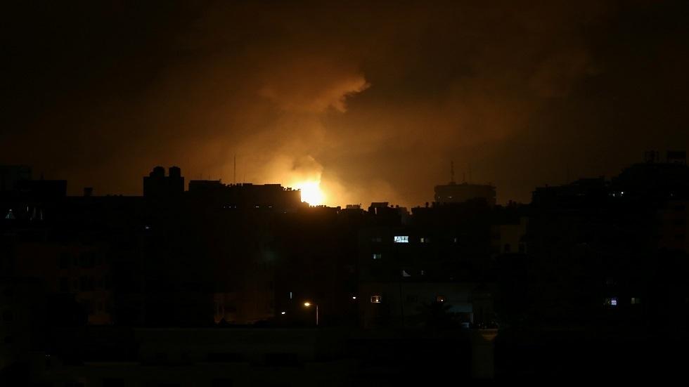 غارة إسرائيلية تستهدف موقع الإدارة المدنية شرق مخيم جباليا شمال غزة