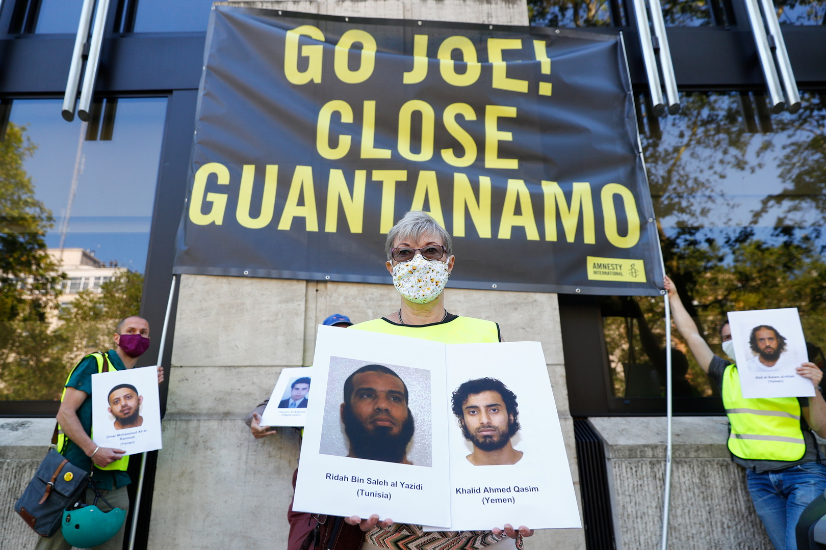 الموافقة على نقل يمنيين محتجزين في غوانتانامو لبلد آخر
