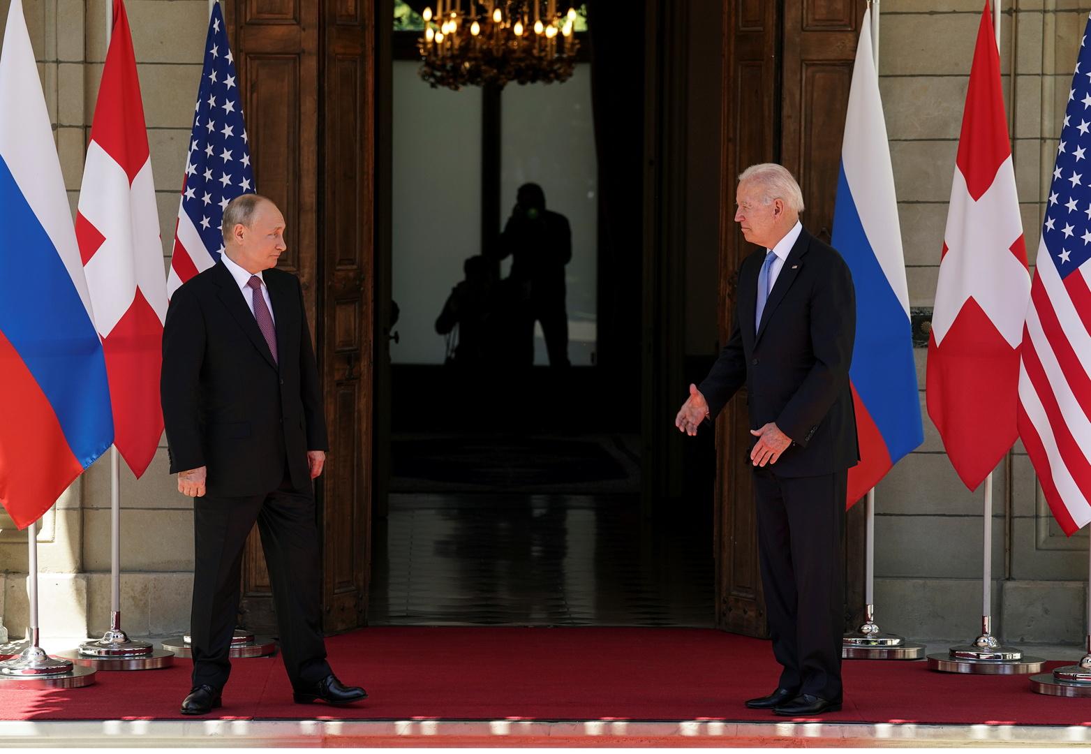 تقرير: ترامب أدرك أخيرا أنه لم يعد رئيسا بعد مشاهدة قمة بايدن - بوتين