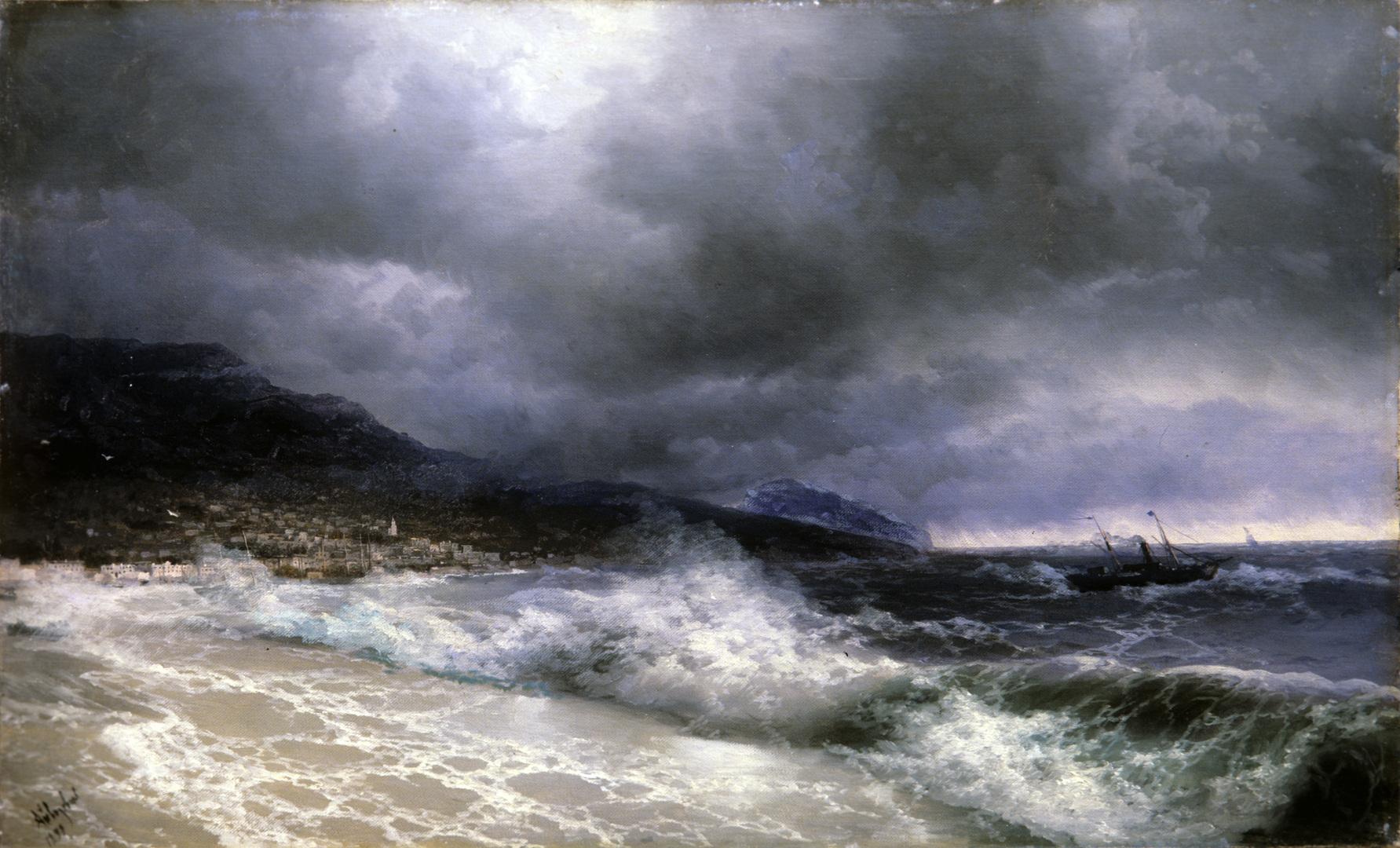 أسطول البحرالأسود يهب لنجدة يالطا من الفيضانات