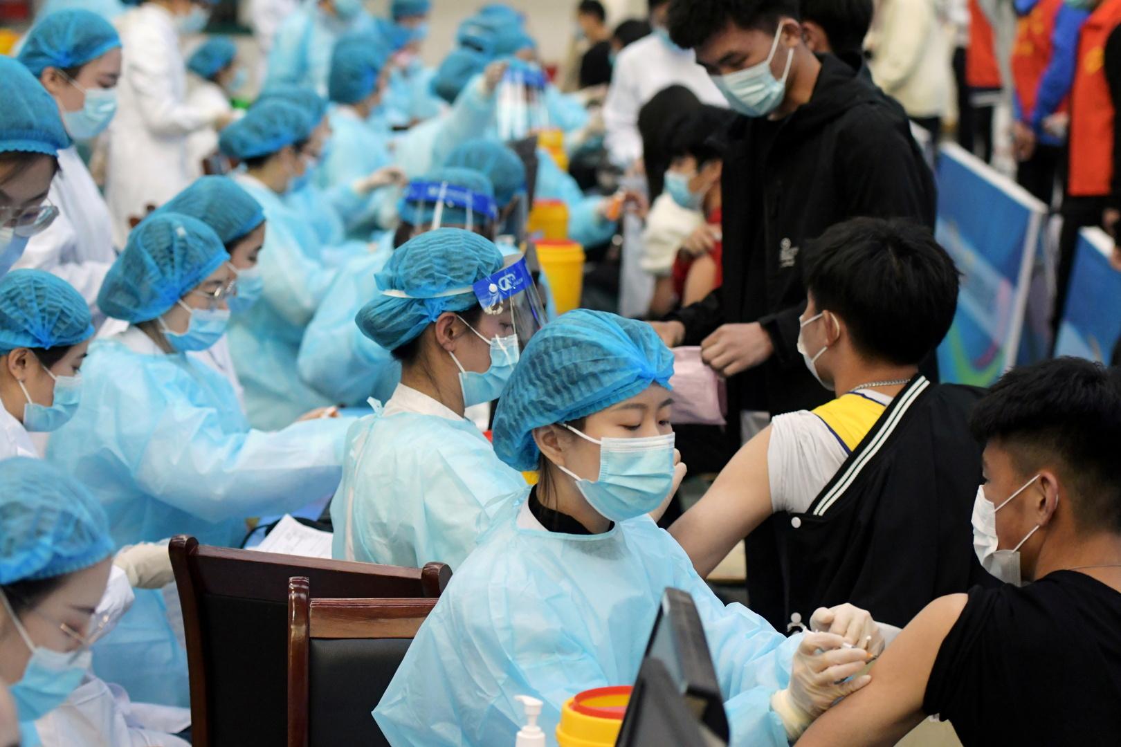 الصين تعلن حقن أكثر من مليار جرعة من اللقاح المضاد لفيروس كورونا