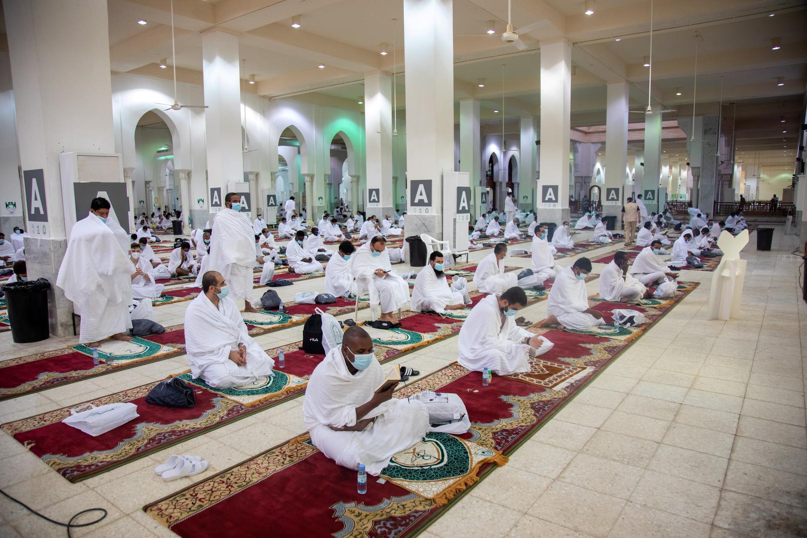 7 إجراءات.. السعودية تحدث كافة البروتوكولات الصحية في المساجد
