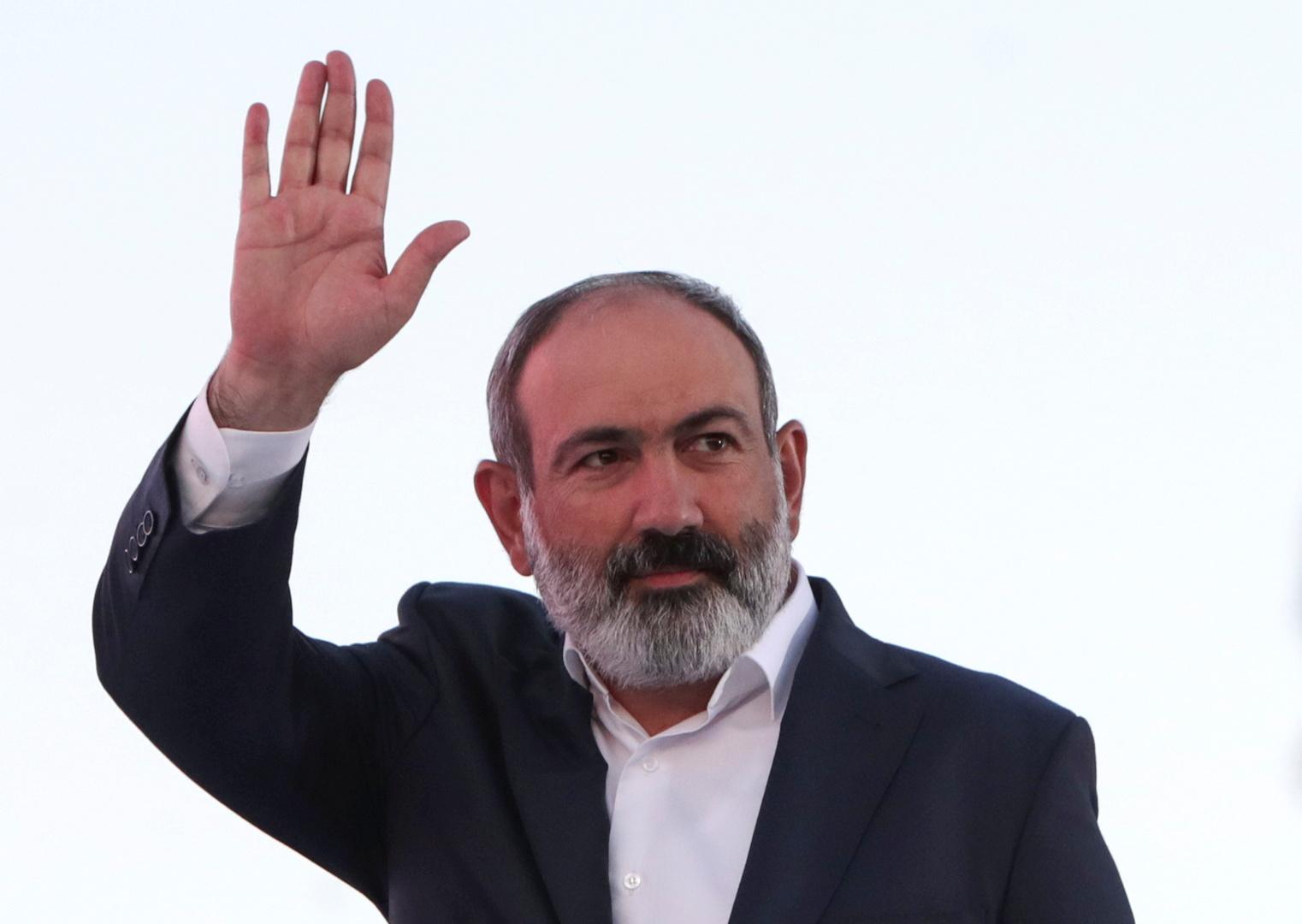 باشينيان يعلن فوز حزبه