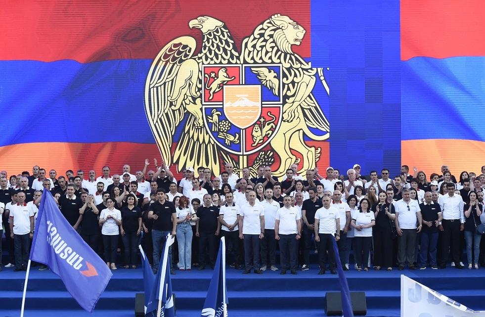مراقبو رابطة الدول المستقلة: الانتخابات في أرمينيا منفتحة وموضوعية