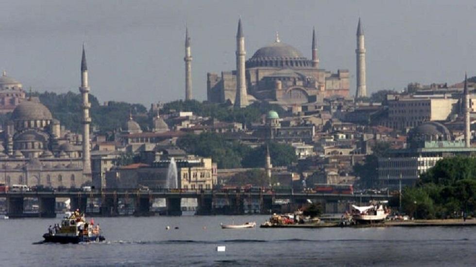 أردوغان يعلن إلغاء حظر التجول المفروض بموجب قيود مكافحة كورونا