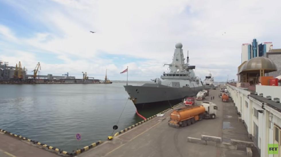 السفن الحربية البريطانية في ميناء أوديسا الأوكراني