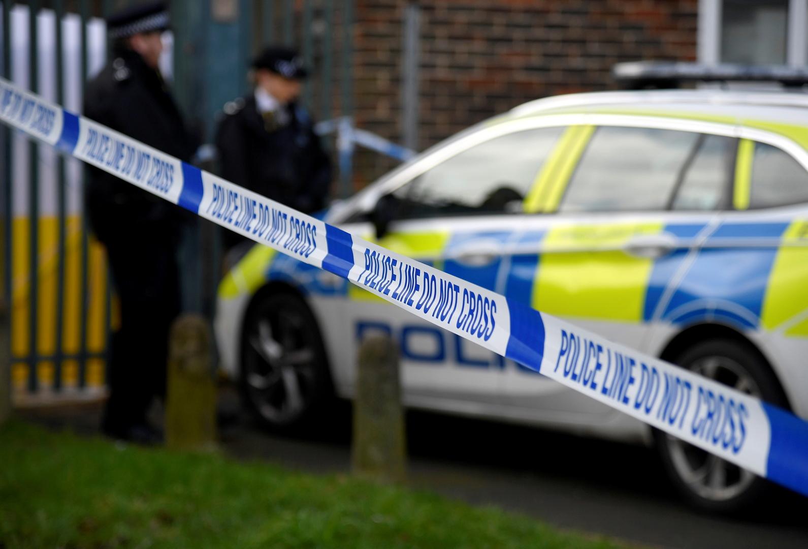 شرطي بريطاني يتعرض لمحاولة ذبح لهذا السبب!