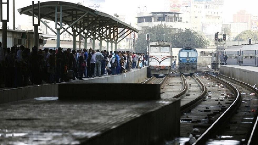 محطة قطار في مصر - أرشيف -