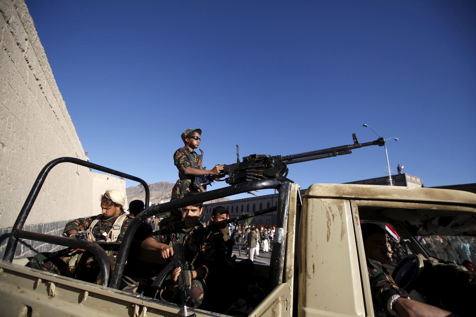 الجيش اليمني يسقط طائرة مسيرة للحوثيين غرب تعز