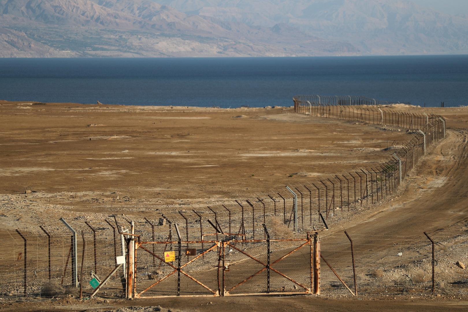 الحدود بين الأردن والضفة الغربية لنهر الأردن المحتلة إسرائيليا.
