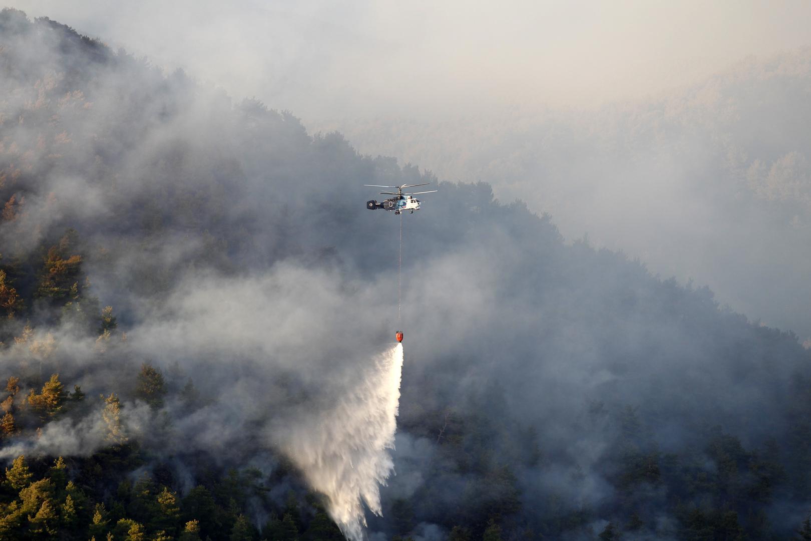 مصرع شخص خلال عمليات إخماد حريق غابات كبير في تركيا