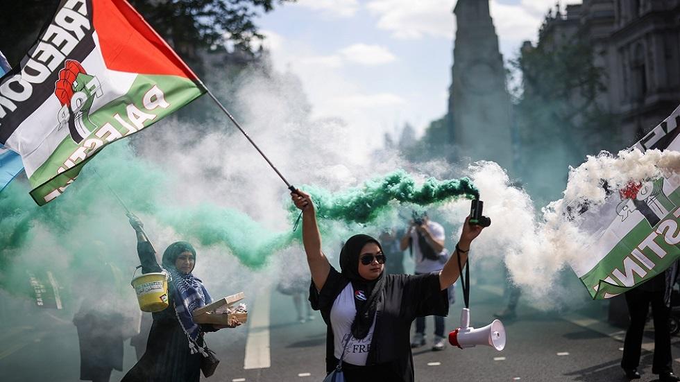 نقابة الصحفيين الفلسطينية تدعو إلى مقاطعة أخبار الرئاسة والحكومة