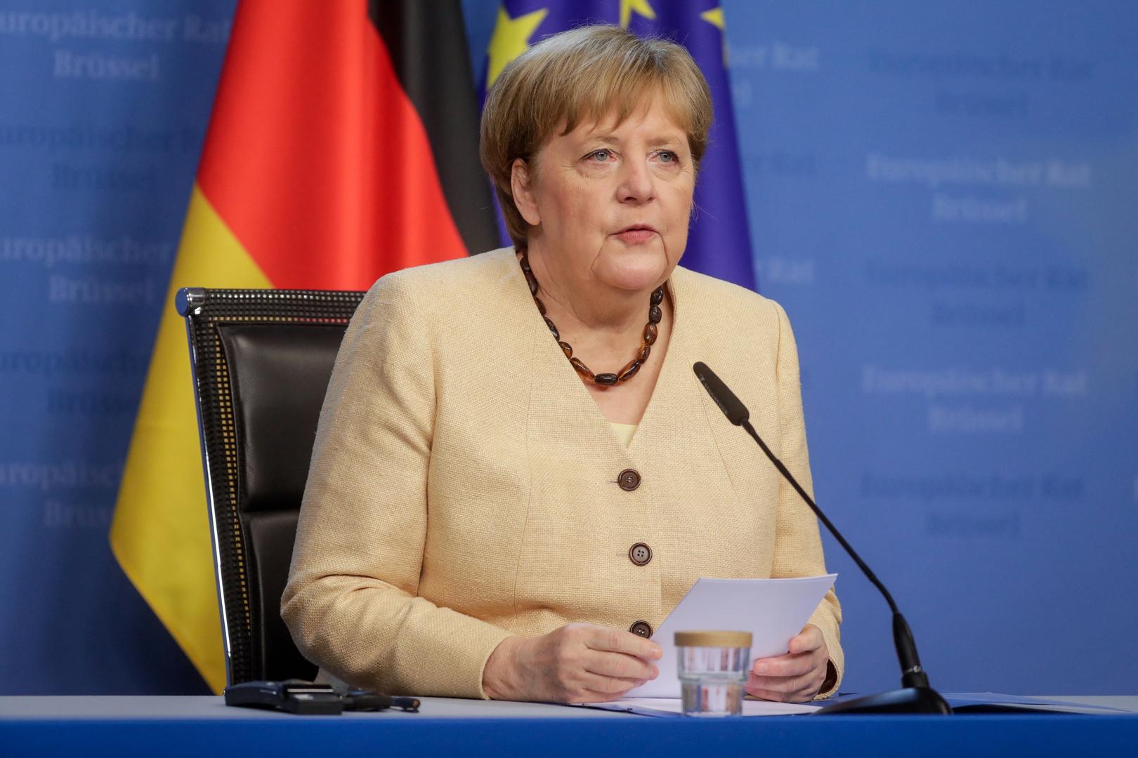 صحيفة: ميركل أرادت حظر دخول البريطانيين إلى الاتحاد الأوروبي