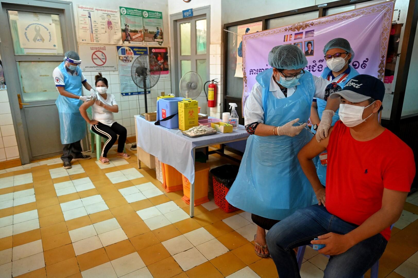 الصين تعلن أنها أعطت ما يقرب من 1.2 مليار جرعة لقاح لسكانها