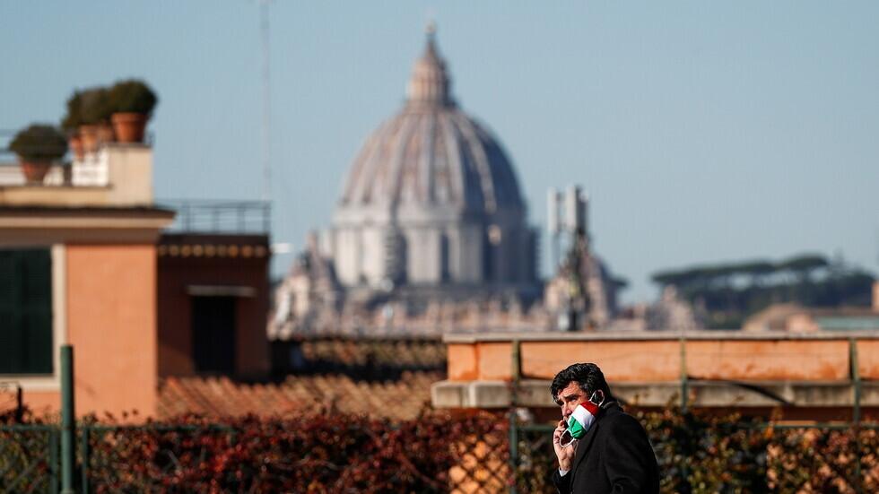 إيطاليا ترصد أقل حصيلة يومية للإصابات بكورونا منذ 17 أغسطس 2020