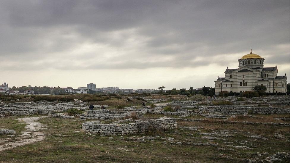 اكتشاف ضريح مسيحي في القرم يعود إلى ما بين القرنين  الرابع والسابع