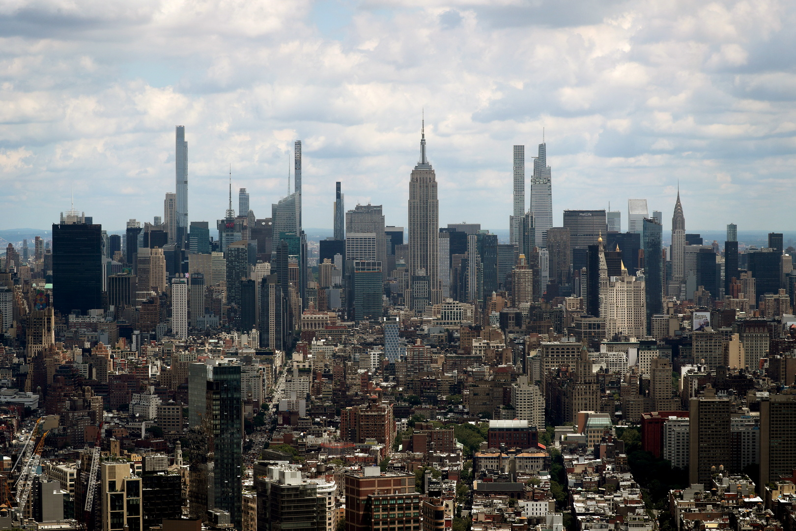 رجل أعمال سعودي يعرض شقته بنيويورك للبيع كأغلى مبيعات العقارات السكنية بالولايات المتحدة