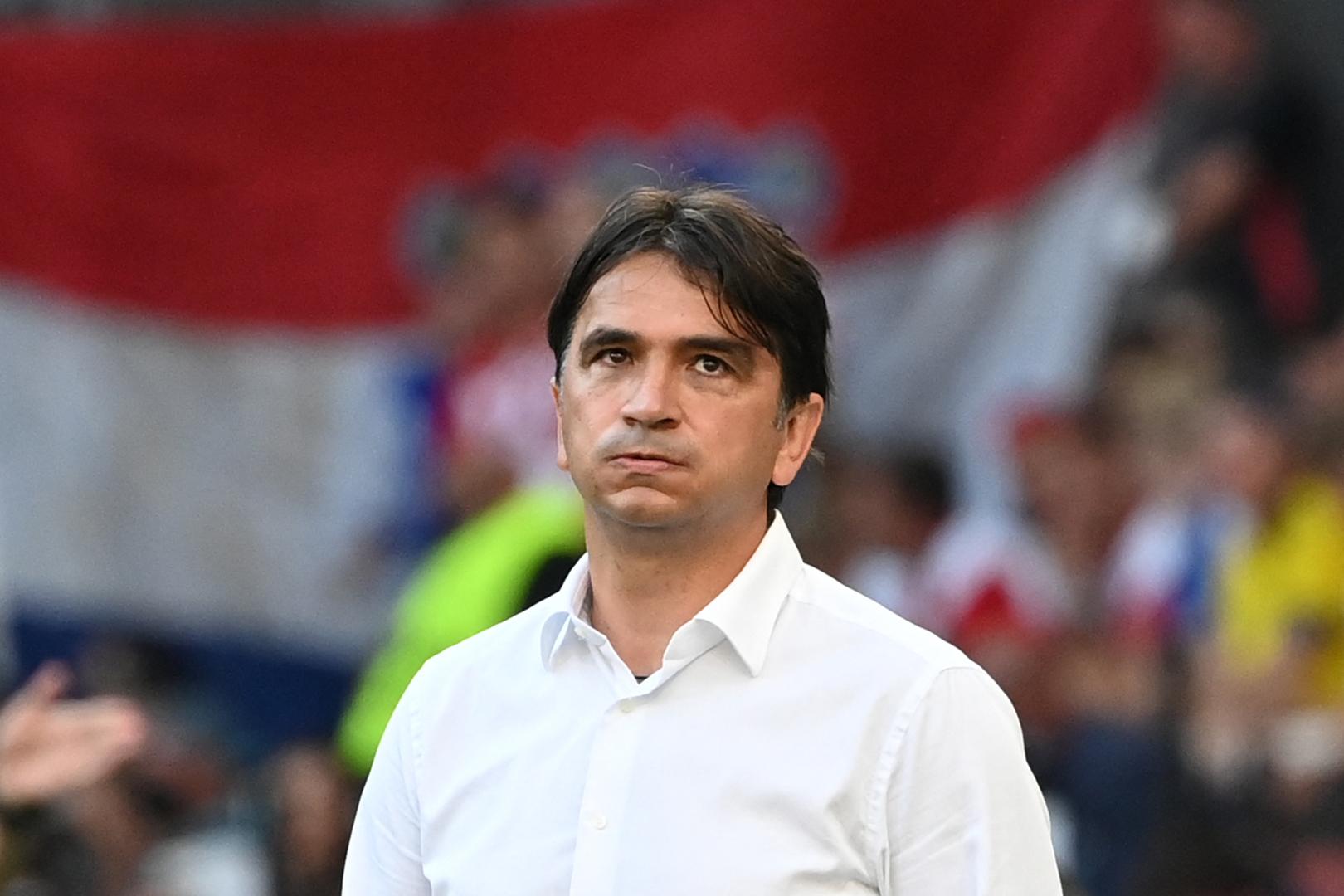 مدرب كرواتيا يحسم أمر استمراره مع الفريق عقب الخروج من