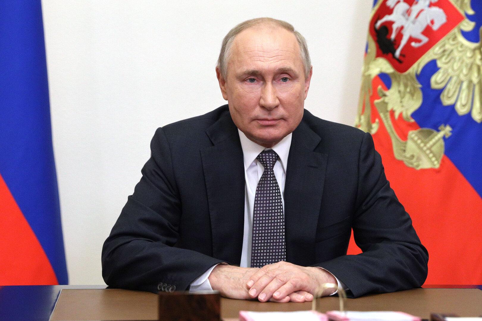 المواطنون الروس يوجهون أكثر من 700 ألف سؤال لـ
