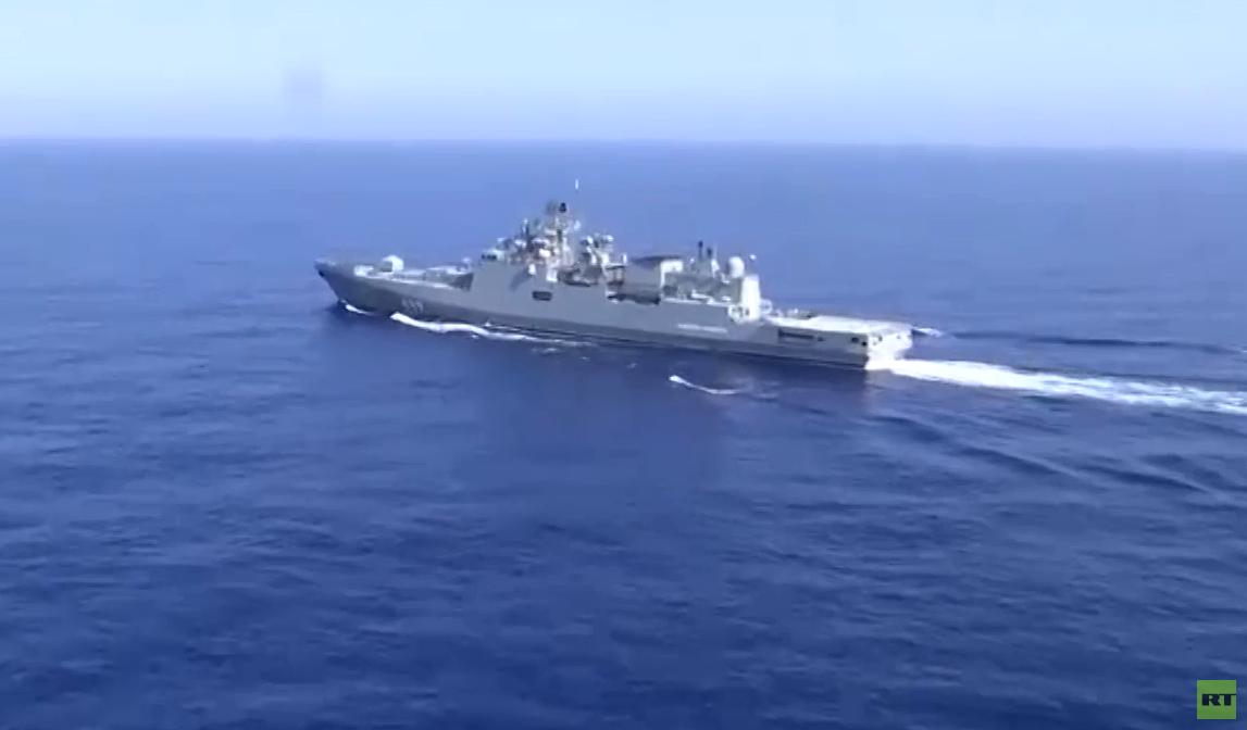تدريبات عسكرية روسية في مياه البحر الأبيض المتوسط قبالة سواحل سوريا.