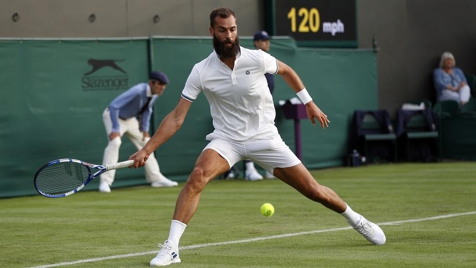 تحذير لاعب التنس الفرنسي بيير من التخاذل.. وجماهير ويمبلدون مستاءة من تصرفاته