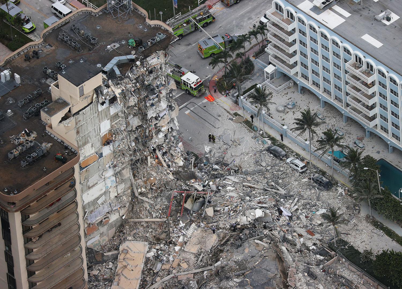سبب انهيار المبنى السكني في فلوريدا بين التغير المناخي والخطأ البشري