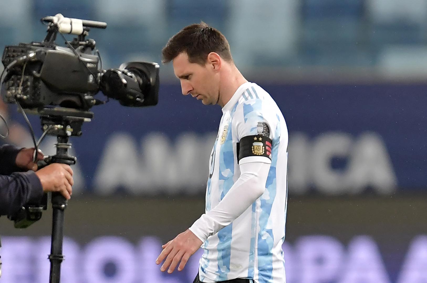 كوميدي أرجنتيني يطلق لقبا جديدا على ميسي (فيديو)