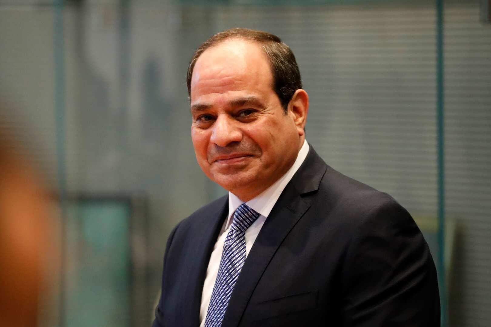 مصر تعلن إنتاج أولى جرعات لقاح كورونا محليا