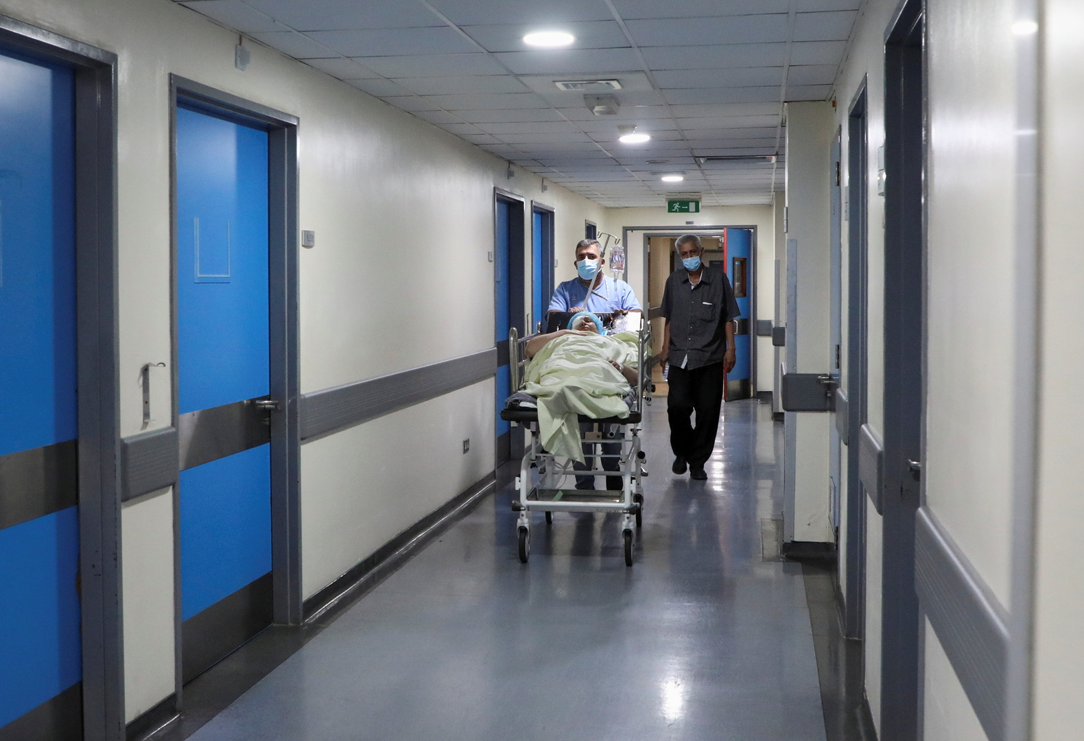 لبنان..المستشفيات تحذر من
