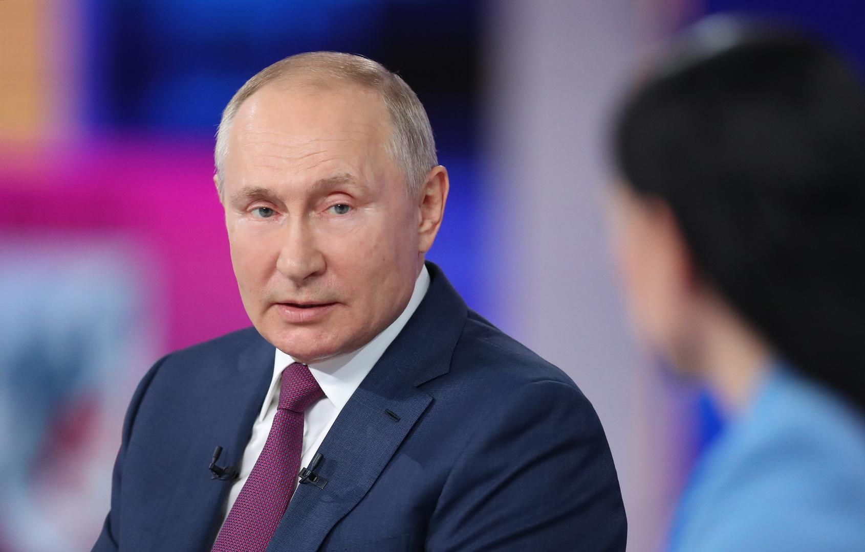 بوتين: يلتسين لم يسلم لي مقاليد الحكم ومسؤوليتيإعطاء توصيات لمرشحين مستقبليين لرئاسة روسيا
