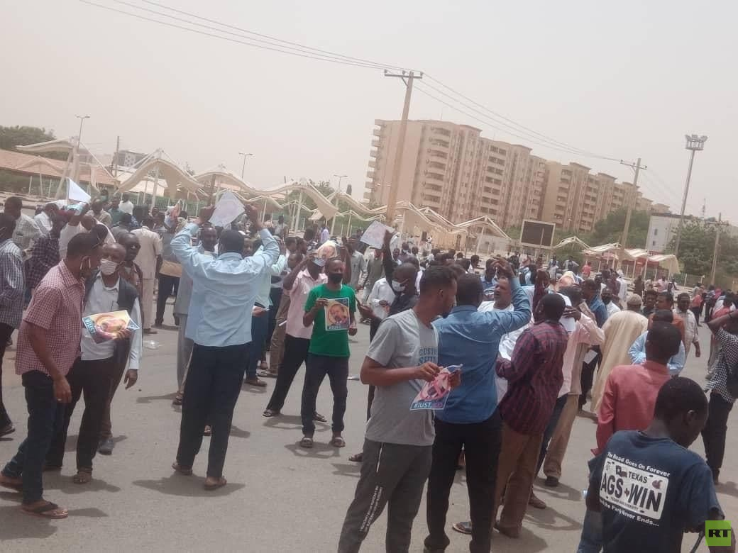 السلطات السودانية تلقي القبض على 79 شخصا من بقايا النظام السابق