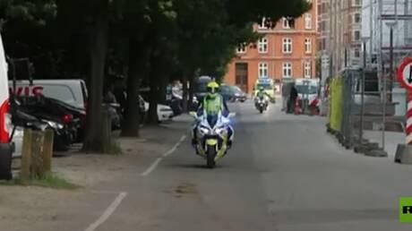 سيارة إسعاف تنقل نجم المنتخب الدنماركي كريستيان إريكسن إلى مستشفى بعد سقوطه خلال مباراة مع فنلندا