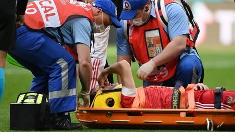 فرنانديز ينجو من إصابة خطرة خلال مباراة روسيا وفنلندا (فيديو)