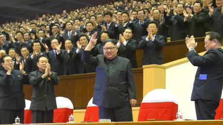 بعد اجتماعات استمرت 4 أيام للحزب الحاكم.. كيم يحضر عرضا موسيقيا