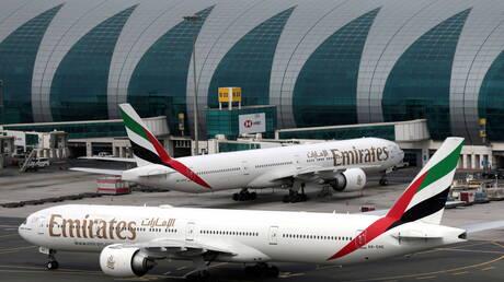 """""""طيران الإمارات"""" تشغل رحلات إلى 30 وجهة في 20 دولة دون حجر صحي"""
