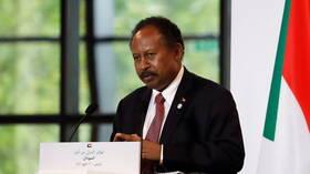 حمدوك يعلن شطب 15.5 مليار دولار من ديون السودان الخارجية