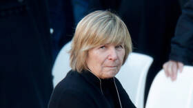 فرنسا.. توقيف صحفية في إطار التحقيق بقضية ساركوزي