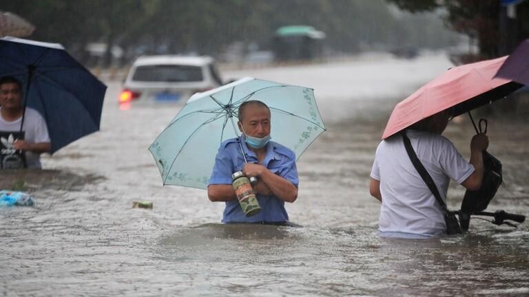 الصين تشهد أمطارا تعرف مثيلا 60f8b6ef4236042f4f1557db.JPG