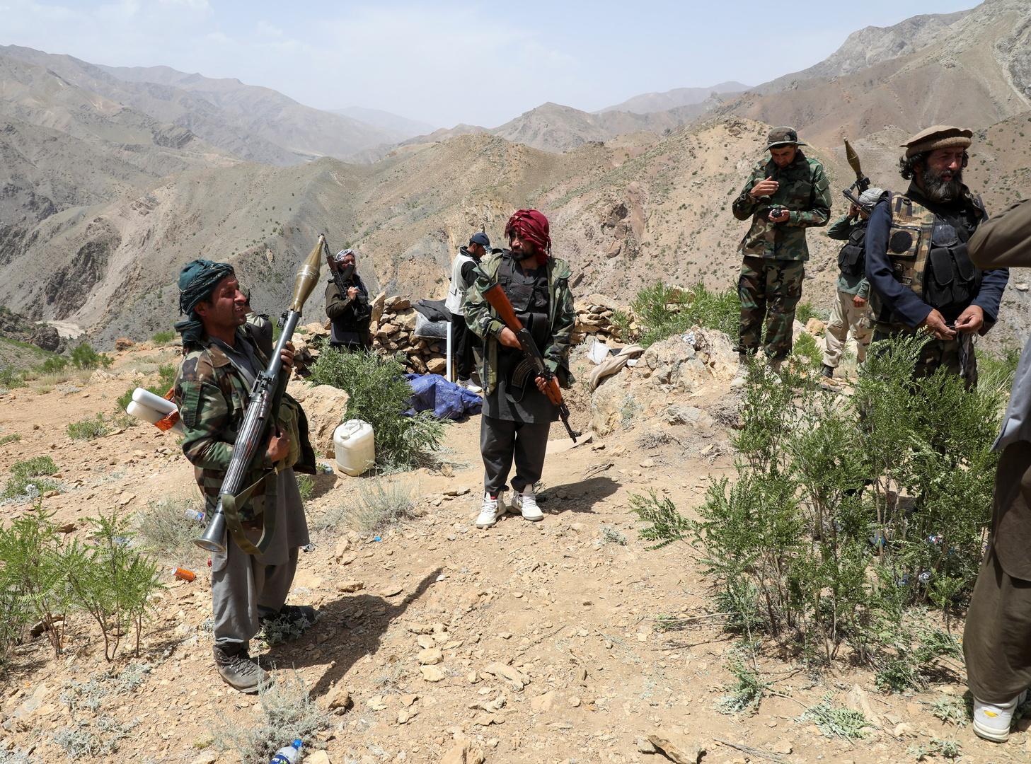 أفغانستان.. قتلى وجرحى بتفجير انتحاري بسيارة مفخخة