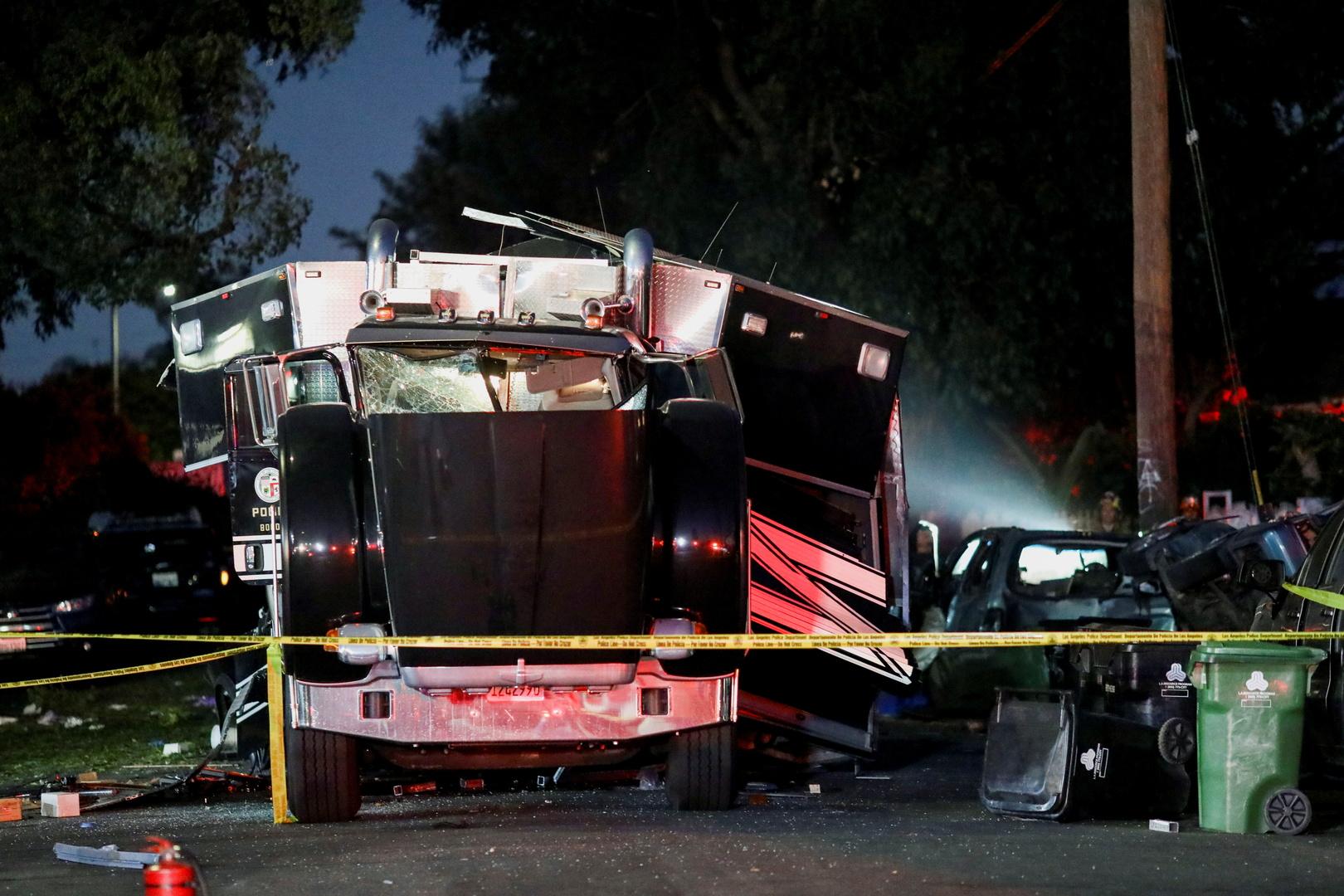 بالفيديو.. 16 إصابة بانفجار مستودع ألعاب نارية في لوس أنجلوس