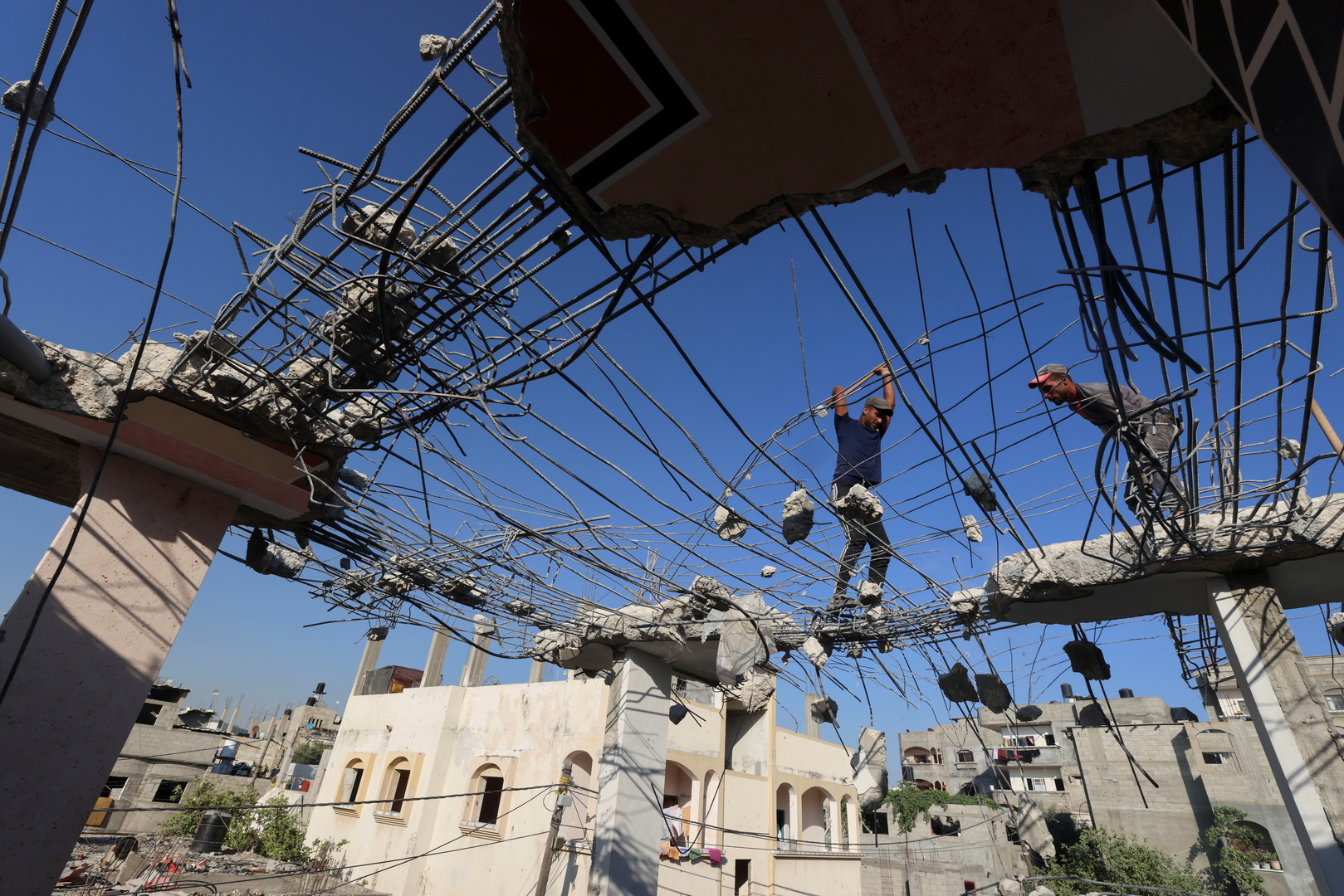 مفاوضات القاهرة.. الوفد الإسرائيلي يتفاجأ بوجود شخصيات بارزة من