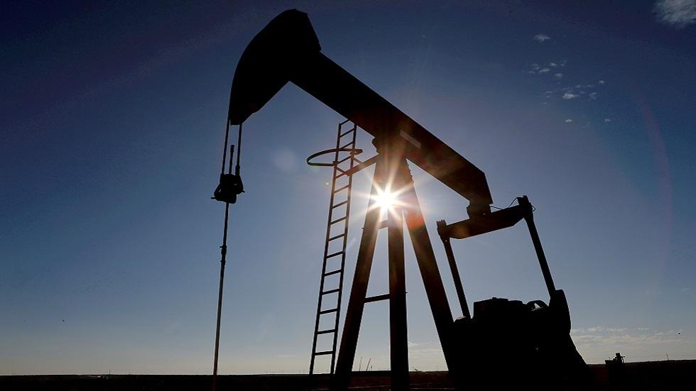 وزير النفط العراقي يعلن تأجيل اجتماع